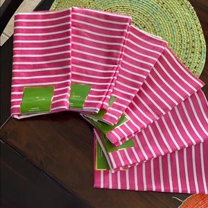 Dinner's ready with Kate Spade napkins🥰